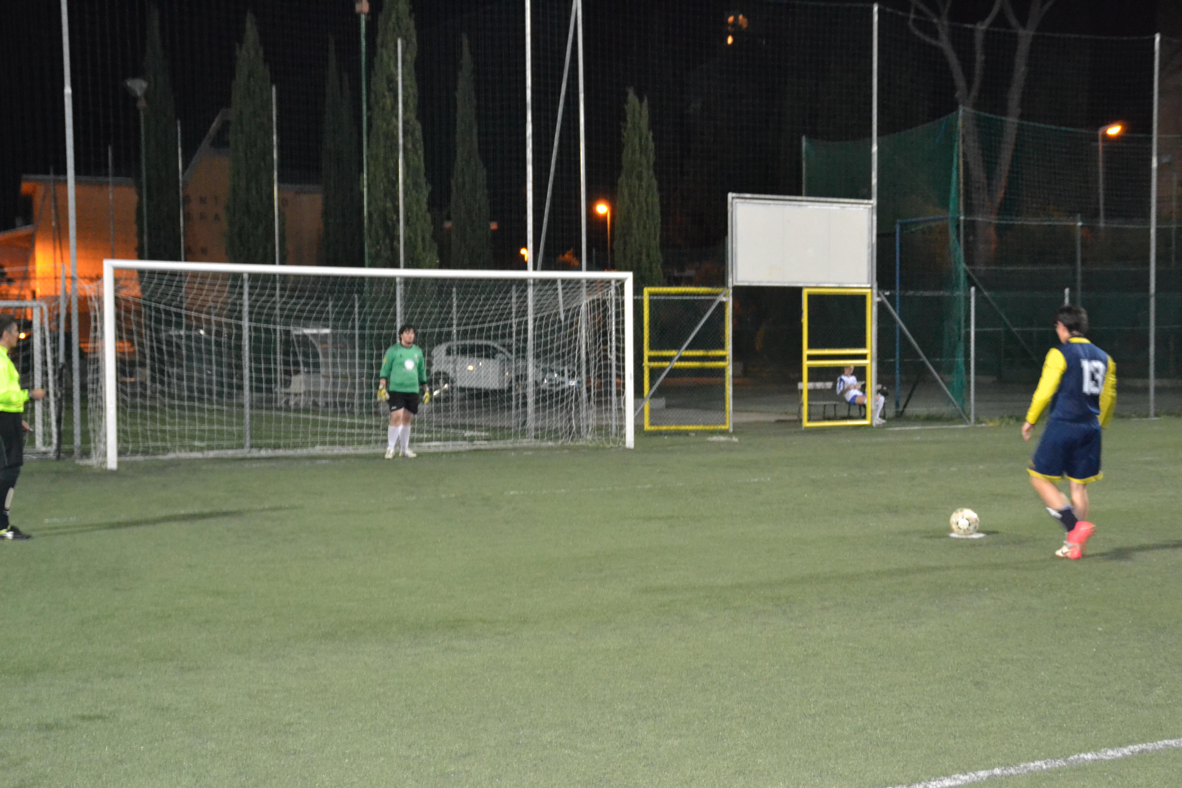 Stefan Mihailovic scores a penalty against PUL